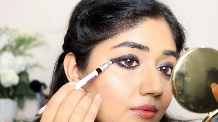 best kajal for oily skin