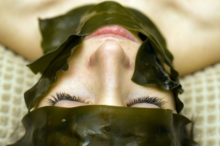 Seaweed-for-skin-nourishes-and-clear-ur-skin-ingredients-of-Body-merry-scar-cream
